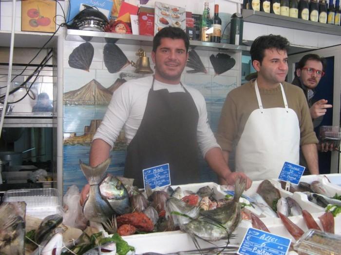 mangiare in pescheria