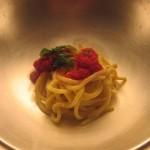 Il Due, 'O roje: bucatini con il pomodoro di Mario Avallone