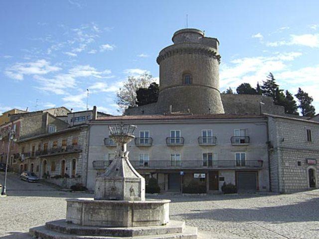 La piazza di Pontelandolfo
