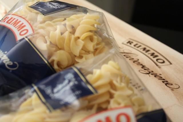 Formato classico per sugo classico: penne zita al pomodoro (foto Stefania Carlo)
