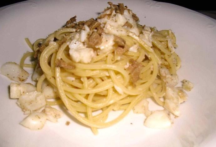 Spaghetti baccalà e tartufo