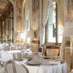 La bellissima sala da pranzo dell'Hotel Meurice nel cuore di Parigi - foto dal sito del The Guardian