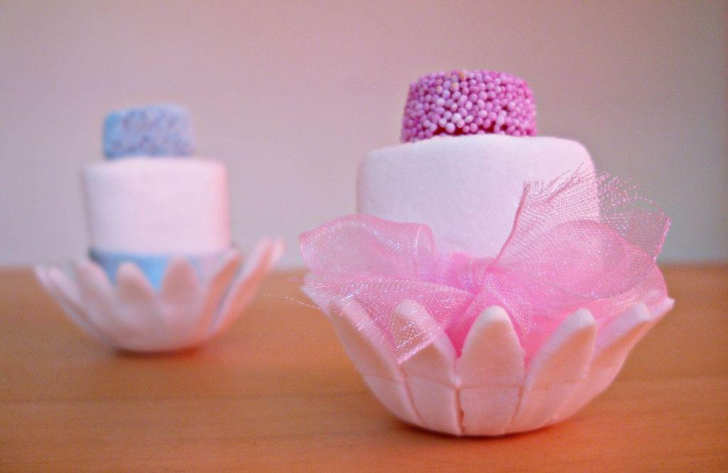 Segnaposto Matrimonio Marshmallow.Il Cake Design Di Claudia Deb Marshmallow Mini Wedding Cakes