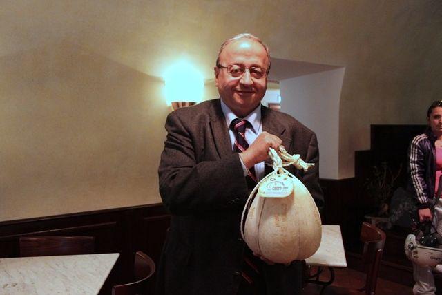 Giosuè De Simone Presidente del Consorzio Provolone Del Monaco Dop