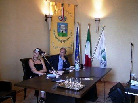 Un momento della presentazione a Palazzo Capano a Pollica (SA)