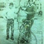 I fratelli Gaetano e Vincenzo Abbate a via Santa Maria La Nova. 1965