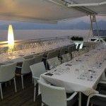 I tavoli allestiti per la degustazione sulla terrazza del Ristorante Miramare