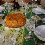 Trionfo di sartu in una tipica tavola della festa al Sud