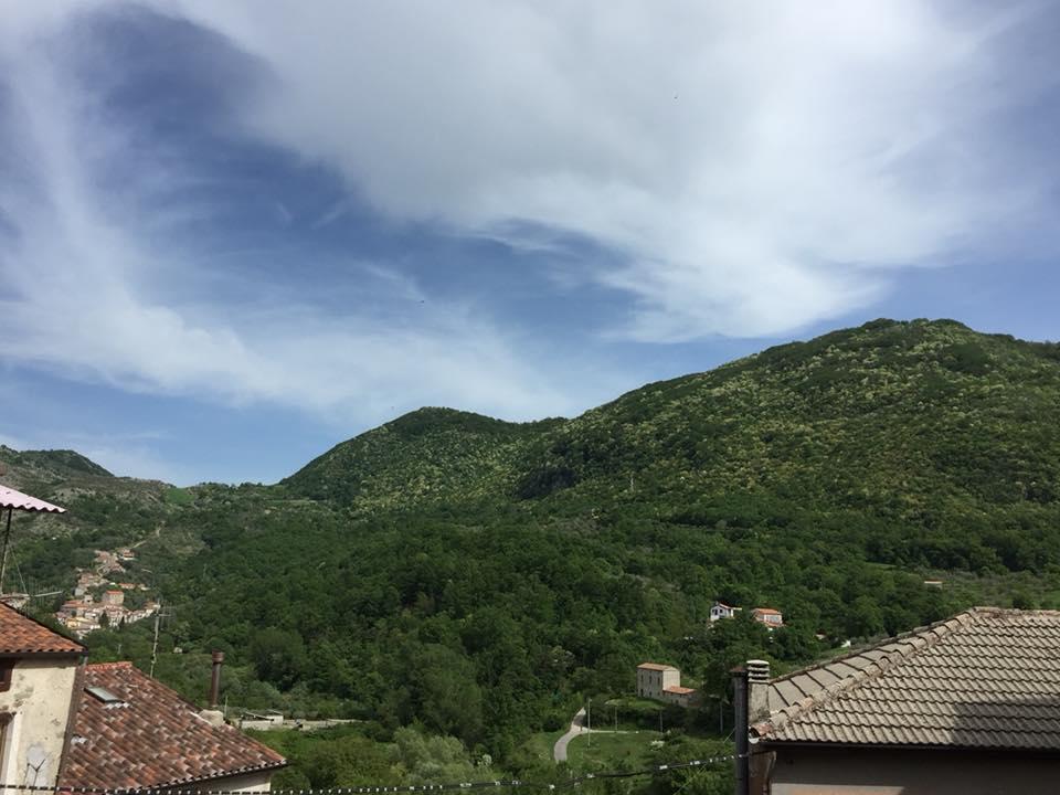 Valle dell'Angelo, panorama dalla piazzetta