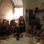 da sinistra Enzo Galdi, Luca Auletta. In piedi Paola Passaro (produttrice) e la nutrizionista