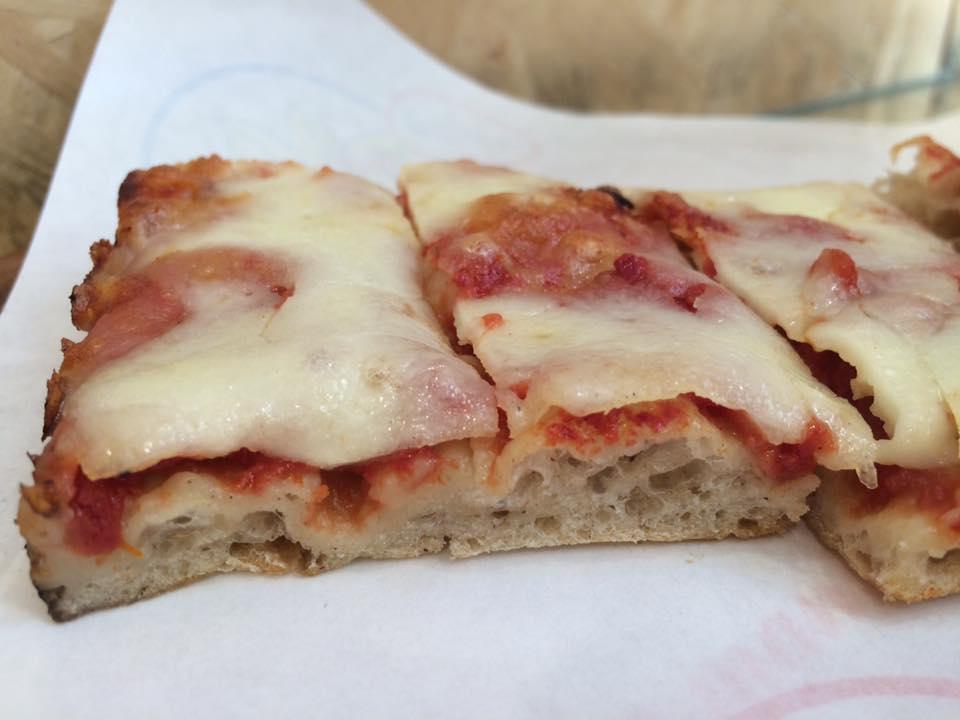 Pizzeria Serenella, la margherita