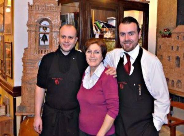 La Cantina del Vescovo, Rosario e Gianluca con la mamma Lucia