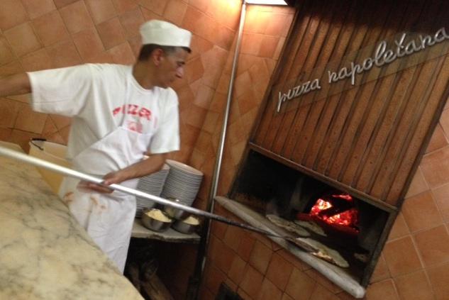 Tavolini Di Marmo Trastevere : Roma pizzeria panattoni ai marmi luciano pignataro wine&food blog