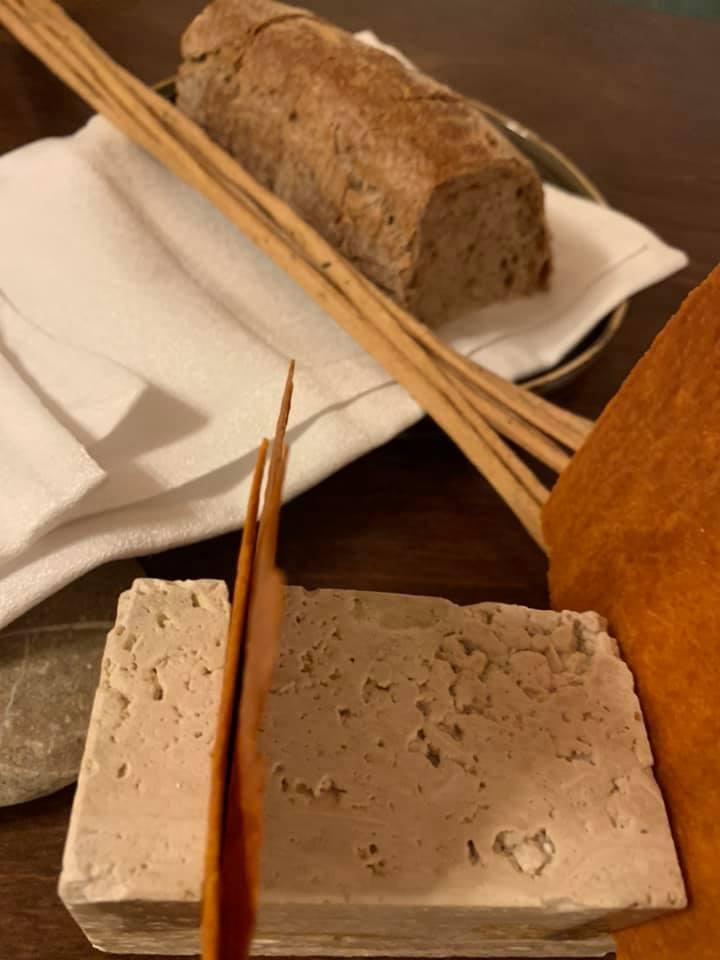 Zunica, il pane e i grissini