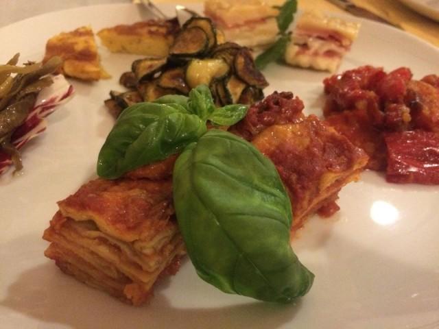 Cantina del Vescovo, antipato di verdure: tutto l'Agro in un piatto!