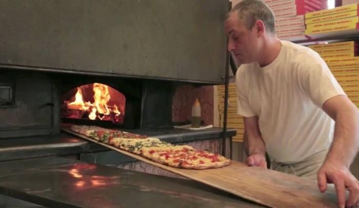 la pizza a metro da Gigino