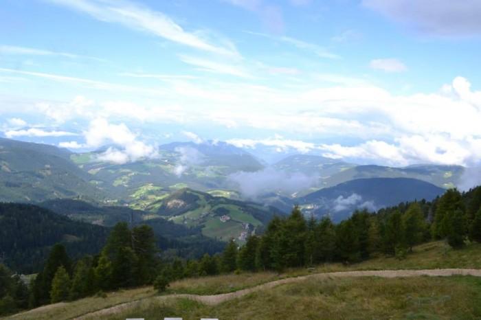 Vista dal percorso Latemarium Predazzo Alto Adige