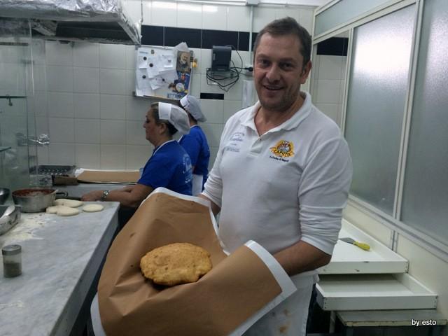 Enzo Piccirillo e la sua mitica pizza fritta