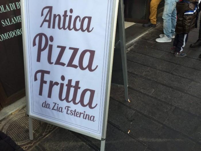 Antica Pizza Fritta, l'insegna