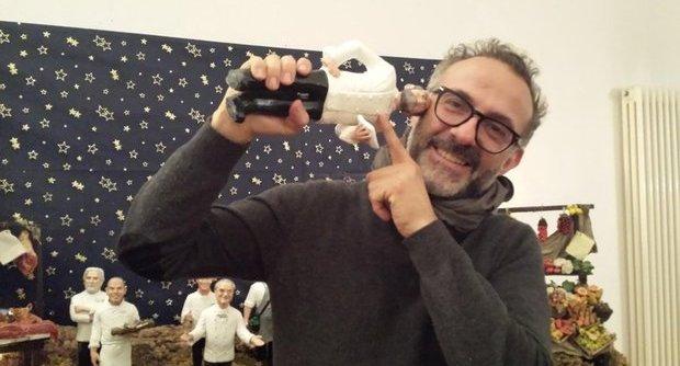 Massimo Bottura e il suo presepe a casa Cortese