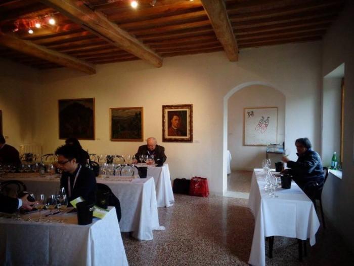 Anteprime Toscane, una delle sale per la degustazione della stampa nel museo di Arte Moderna
