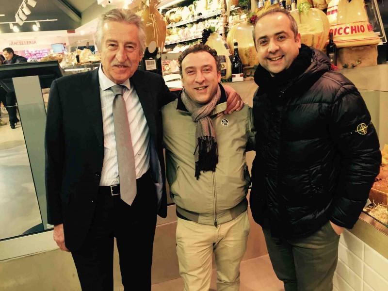 Antonio Lucisano con Lino Scarallo di Palazzo Petrucci e  Vincenzo Guarino dell'Angiolieri