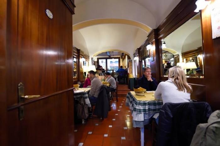 Osteria La Saletta, l'interno
