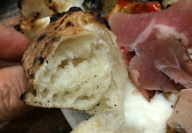 Pizzeria Pulcinella, Ciro Casale la struttura della pizza