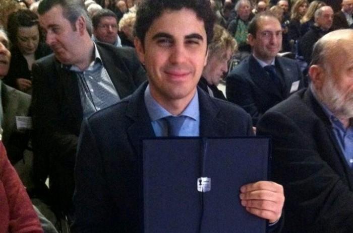 Premio Gambelli 2015, l'enologo Francesco Versio al momento della premiazione