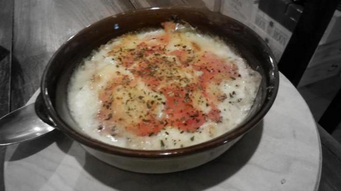 Vino e Convivio, 'lasagne' di pane, formaggio,  pomodoro e acciughe