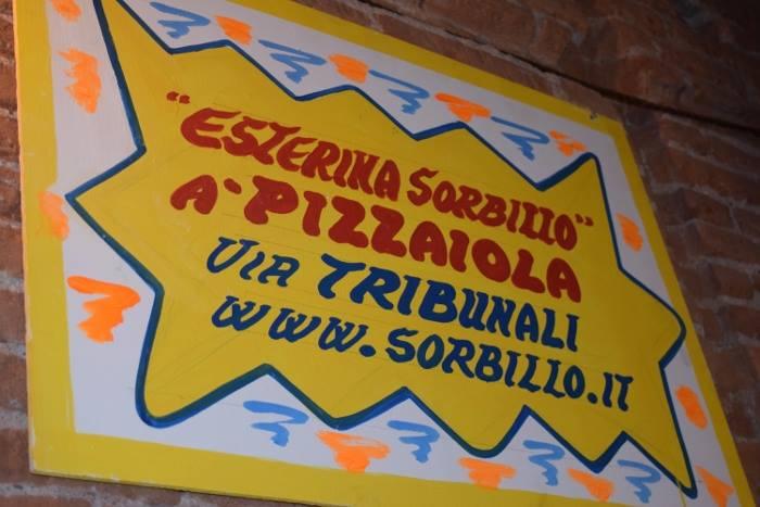 il locale di Gino Sorbillo dedicato alla pizza fritta, passione di zia Esterina