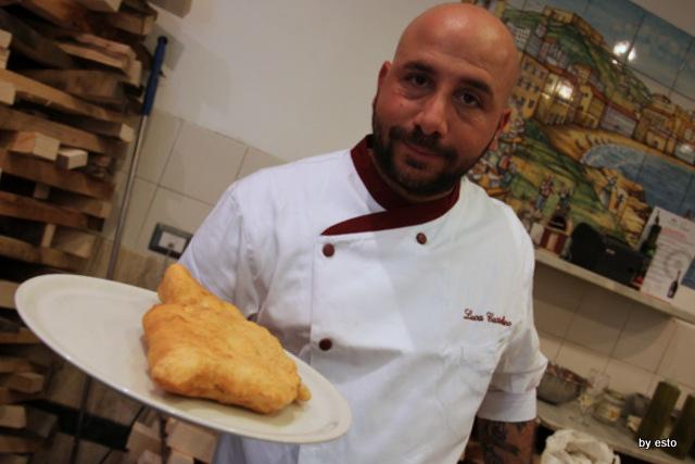 Pizzazza' Luca Castellano la pizza  Fritta Donna Sophi'