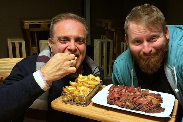 Agribraceria Fattoria Carpineto la bistecca di marchigiana con Egidio Cerrone
