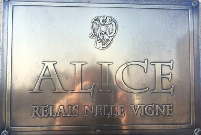 Alice Relais nelle Vigne, l'insegna