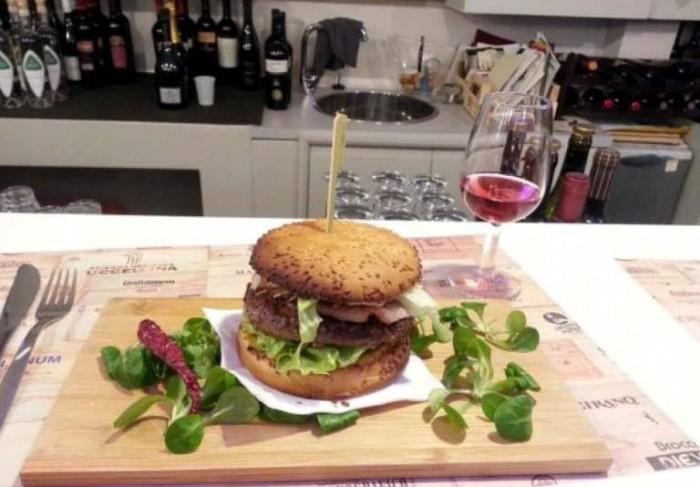 Est, hamburger di cavallo