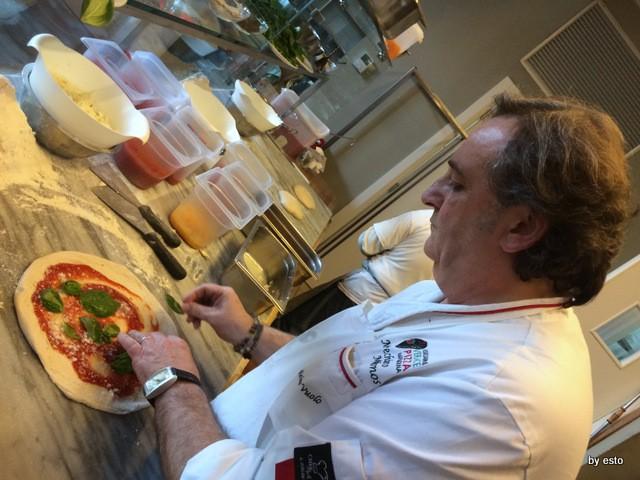Guglielmo Vuolo e la pizza con l'acqua di mare