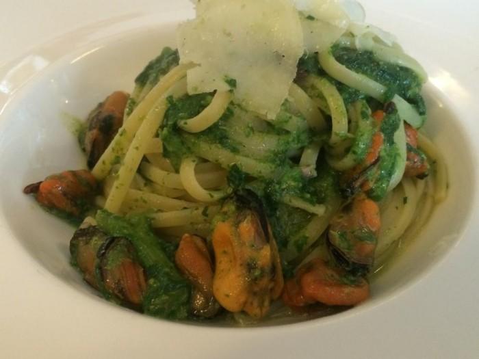 Il Ghiottone, linguine cozze e broccoli