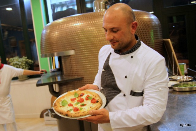 Le Parule Giuseppe Pignalosa Pizza Margherita con corbarino
