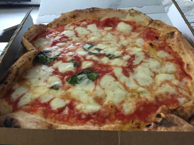 Pizza napoletana Antica Margherita di Gino Sorbillo