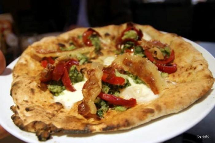 Pizza Petra di Amelio Petrucciani