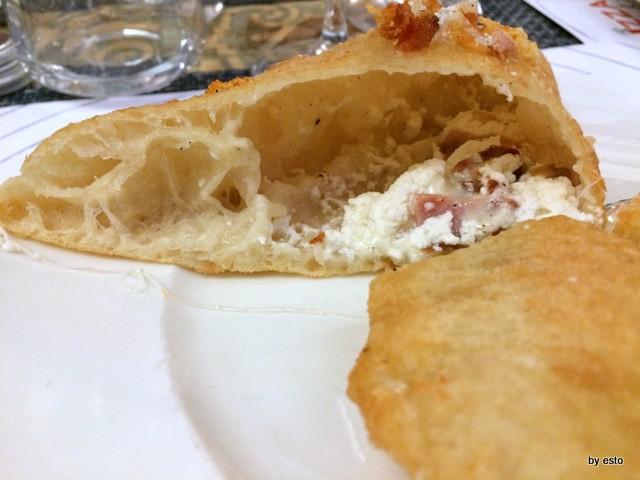 Pizza e Falanghina del Sannio la pizza frittta