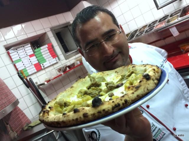 Pizza e Falanghina del Sannio pizza con patate e carciofi