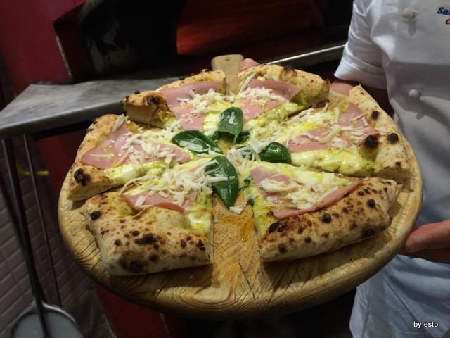 Salvatore Impero, Pizza  con  pistacchio e mortadella