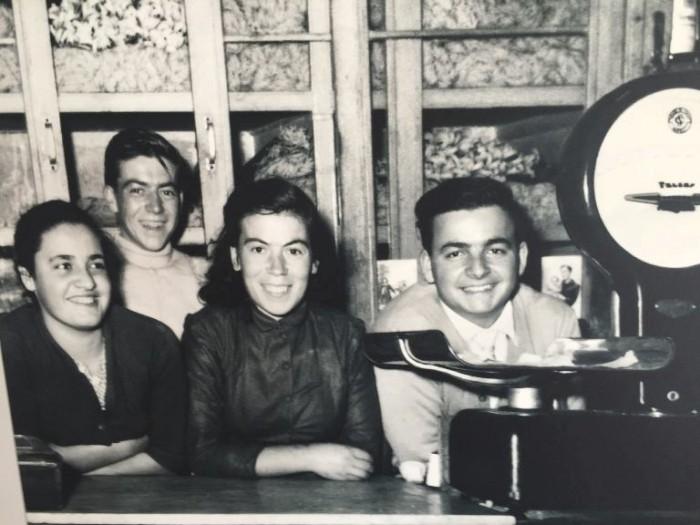 Taverna del Capitano, la famiglia Caputo nel vecchio negozio da cui è partito tutto