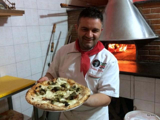 Vincenzo Di Fiore Pizzeria Bella Napoli Inauguration Pizza  Mammarella