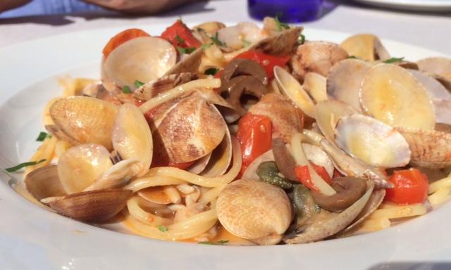 La Baia, spaghetti alla Mediterranea