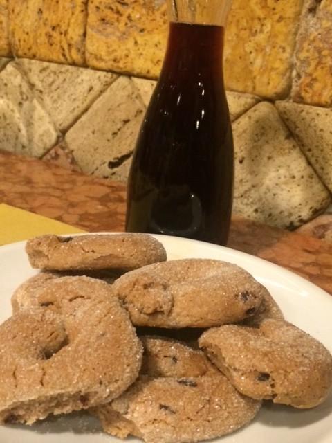 Osteria dell'Angelo, le ciambelline al vino