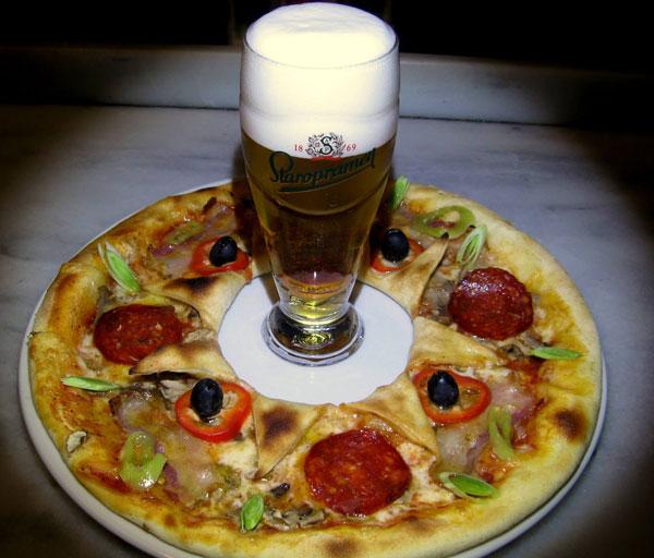 pizza e birra ma manca il dolce