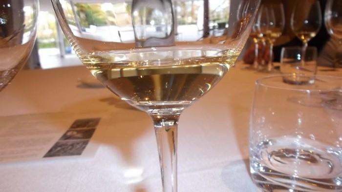 Champagne Bruno Paillard NPU 1999 nel bicchiere