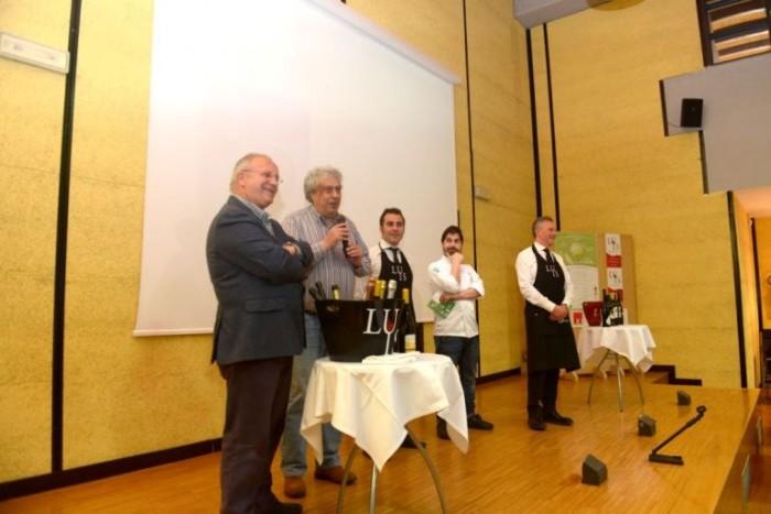 Da sinistra: il Presidente della Fondazione MIdA Franco D'Orilia, il Sindaco di Pertosa Michele Caggiano, Giuseppe Lupo, Cristian Torsiello e Vincenzo Isoldi